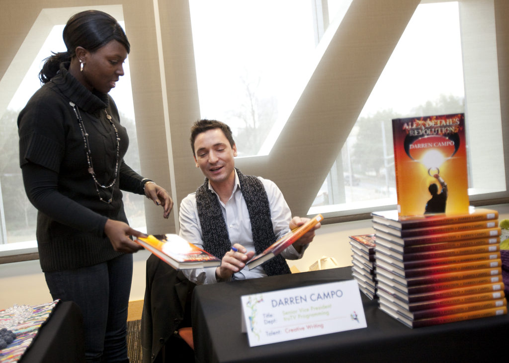 "TV Producer, NYU Professor, Author, Darren Campo signing ""Alex Detail's Revolution"""
